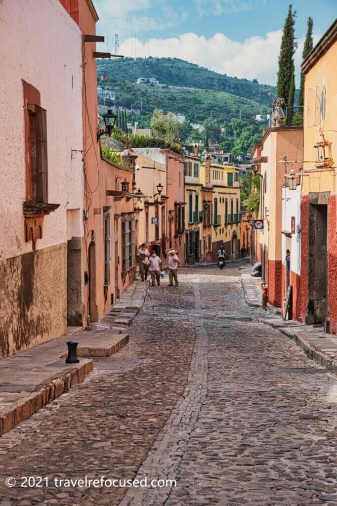 San-Miguel-Street-workers